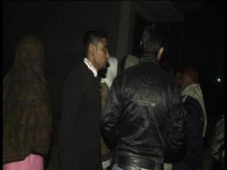 पानी पीने के बहाने घर में घुसे बदमाश, 2 महिलाओं से किया रेप