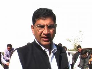 भाजपा में फैला असंतोष, सांसद सैनी को किया जाए पार्टी से निष्कासित