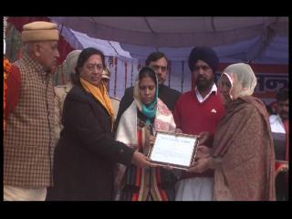 गणतंत्र दिवस पर शहीद गुरसेवक के परिजनों को मिला सम्मान