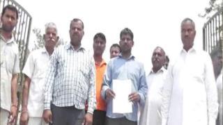 विवाहिता हत्या मामला: इंसाफ की गुहार लेकर SDM से मिले परिजन