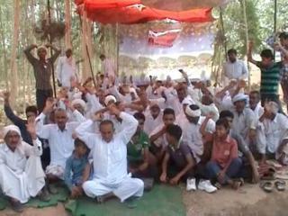 आंदोलन का दूसरा दिन, धरना स्थलों पर बढ़ने लगी जाटों की संख्या