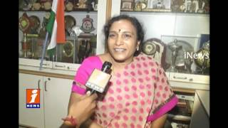 PV Sindhu Mother Response On Winning Silver Medal In Rio | iNews