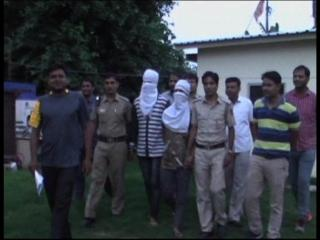 दोस्ती हुई शर्मसार, दोस्तों ने की डांस टीचर की बीच चौराहे हत्या