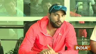 Yuvraj Singh and Suresh Raina to Play Match with Pink Ball in Duleep Trophy 2016