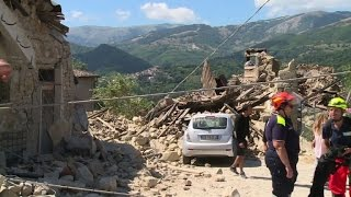 Italian rescuers struggle to locate earthquake victims