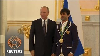 "Putin calls ban on Russian Paralympic team ""immoral"""