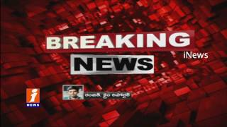 Drunken Hijras Nude Dance On Hyderabad Roads and Attack on Police | iNews