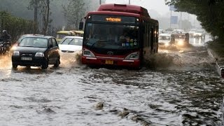 Heavy rainfall lashes Delhi NCR, Kerry cancels visit to religious places