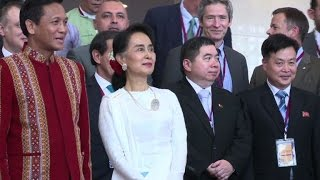 Ethnic peace talks seek to pave new path for Myanmar