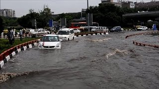 Torrential monsoon rains bring Indian capital to halt`