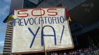 Venezuela opposition begins march to demand recall referendum