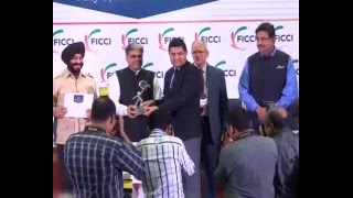 Rakesh Asthana, former Commissioner of Police, Surat receiving FICCI Smart Policing AwardI
