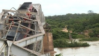 Bridge collapse with freight train in Ivory Coast