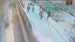Women dies after an man attacked with knife burari no one help her  CCTV footage incredible India