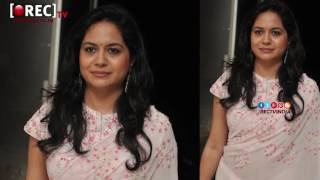 Singer Sunitha Photo Shoot stills gallery - latest tollywood photo gallery