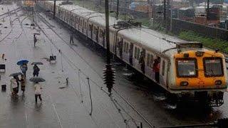 Mumbai rains takes troll on Bollywood
