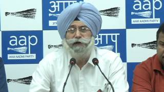 """Aap Press Brief """"Untraceable 1984 Witness speak"""" (In Hindi)"""