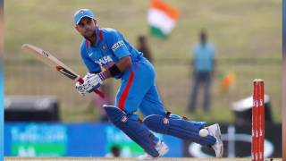 Virat Kohli Sets New ODI Record  - Beats Ab De Villiers's Record