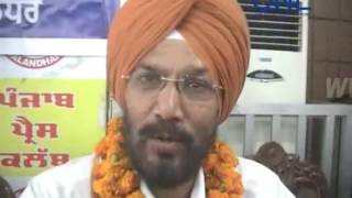 dpro gurmeet singh retirement press club jalandhar mein pahuche sabhi press , media ke log