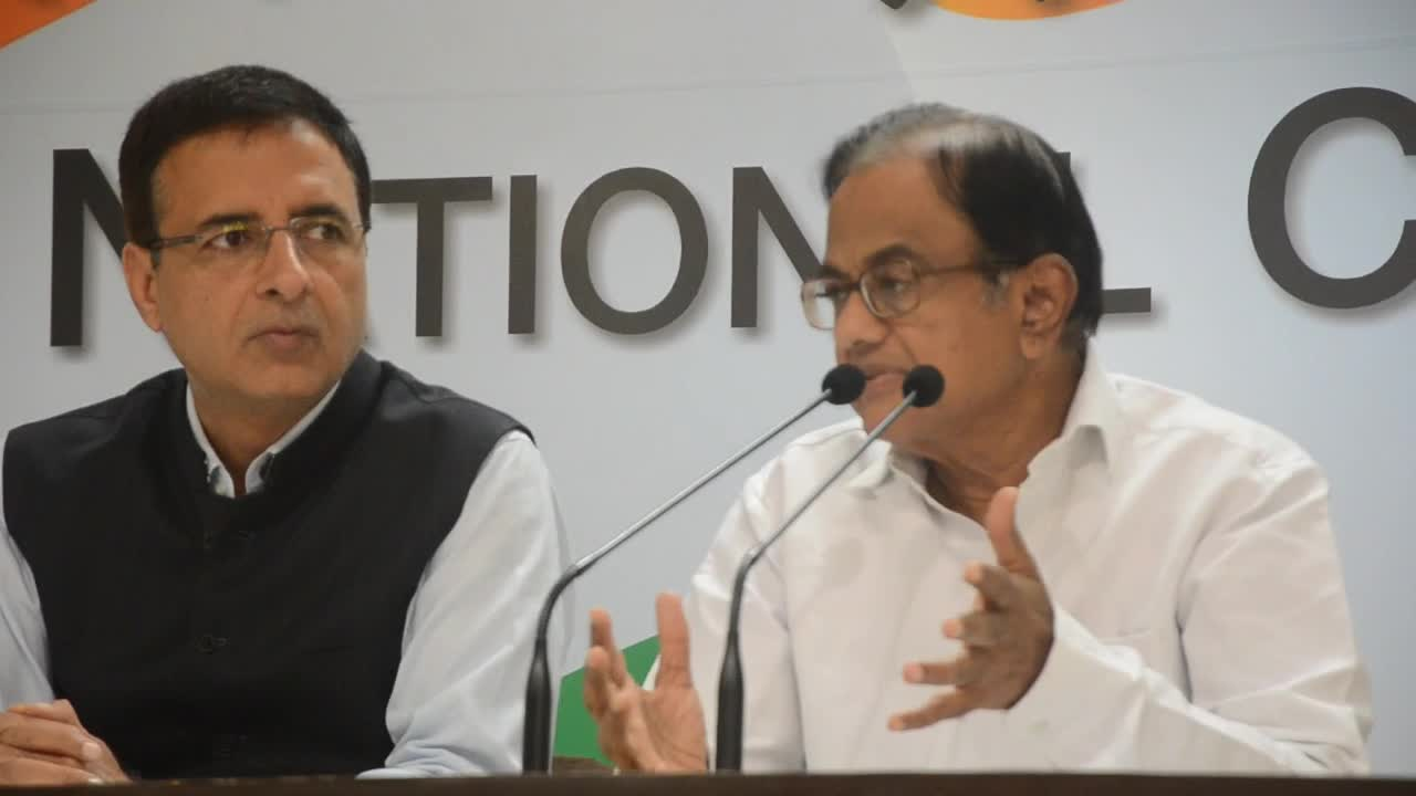 Congress gives guarded reaction to demonetisation