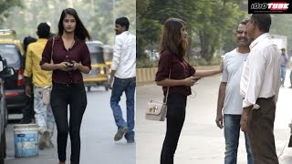 Hot Girl Annoying People For Rs.500 Change - iDiOTUBE | Pranks In India