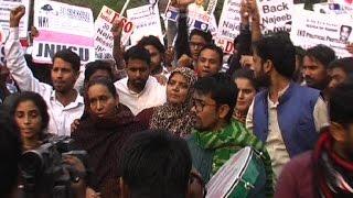 नजीब के समर्थन में छात्रों ने JNU के एडमिन ब्लॉक तक निकाला मार्च
