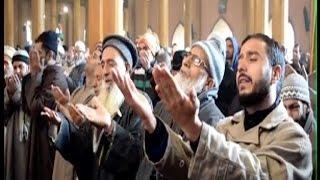 19 हफ्तों बाद जामिया मस्जिद में पढ़ी गई नमाज, नजरबंद रहे उमर फारूक