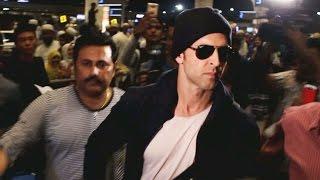 Dashing Hrithik Roshan SPOTTED At Mumbai Airport