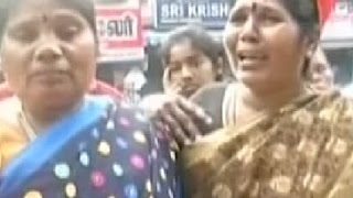 Jayalalithaa supporters in tears outside hospital