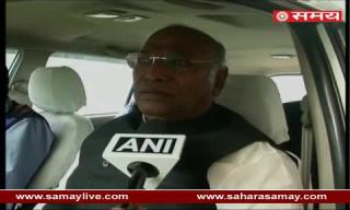 Mallikarjun Kharge over Black Day on completion of one month of Demonetization