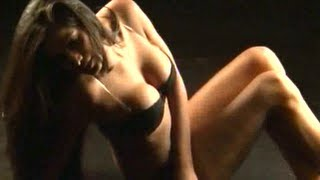 Hot & Sexy Poonam Pandey in BIKNI PHOTOSHOOT