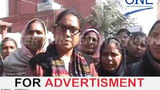 moga | sarkari hospital mein asha workers ka protest akali dal candidate baljinder singh visited