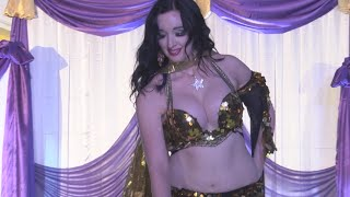 Superb Hot Belly Dance - Arabic style - Amazing dancing