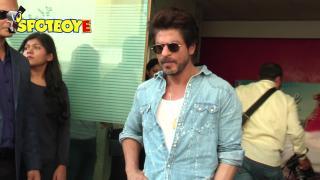 Raees: Shahrukh Khan and Mahira Khan Turn Up The Heat in Zaalima Song | Bollywood News