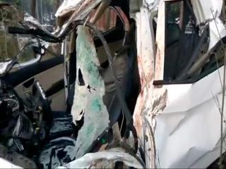 दर्दनाक सड़क हादसे में 6 लोगों की मौत