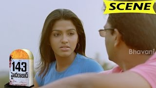 Dhansika And Friends Plans Hyderabad Highway Temple Tour - 143 Hyderabad Movie Scenes