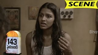Psycho Killer Kills Lakshmi Nair - Horror Scene - 143 Hyderabad Movie Scenes