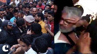 Sanjay Leela Bhansali thrashed by protestors during Padmavati shoot