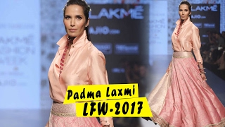 Padma Laxmi on Ramp for Tarun Tahiliani in Lakme Fashion Week 2017