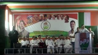 Congress VP Rahul Gandhi addresses public rally at Park Circus, West Bengal, April 27, 2016