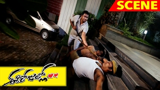 Reshma's Father Caught Srinivas Redhanded - Emotional Scene - Ee Rojullo Movie Scenes