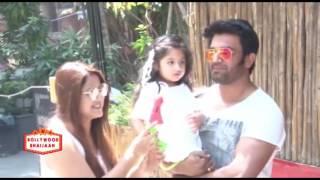 Shabana Azmi Holi Celebration at JUHU HOUSE - Bollywood Celebrities - Bollywood Bhaijan