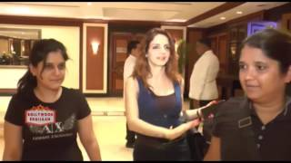 Sussanne Khan Spotted In Taj Land Bandra - Hrithik's Ex Wife Sussanne