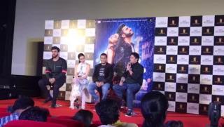 Arjun Kapoor, Shraddha Kapoor, Mohit Suri at Half Girlfriend Trailer Launch | SpotboyE