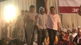 Aap National Convenor Arvind Kejriwal's Public Meeting In Sadar Bazar
