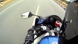 Yamaha R1 - Fast run