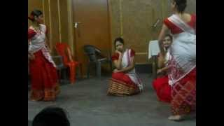 Group Assamese Modern dance 1 by DHRITEE SHRUTI GOSWAMI