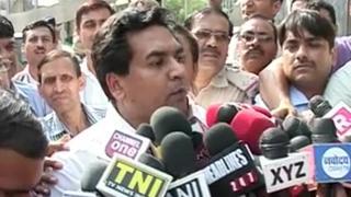 Kapil Mishra files complaint with CBI against Kejriwal