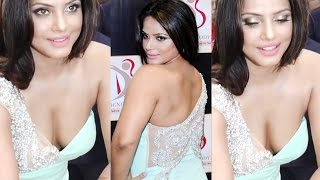 Neetu Chandra Deep Cleav@ge Show