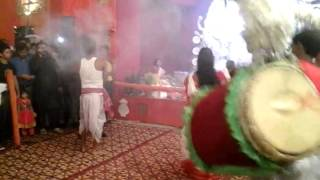 Famous West Bengal Durga puja Bengali dance